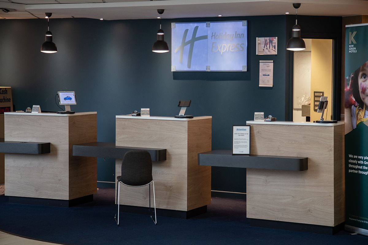 Holiday Inn Express London Stansted airport hotel